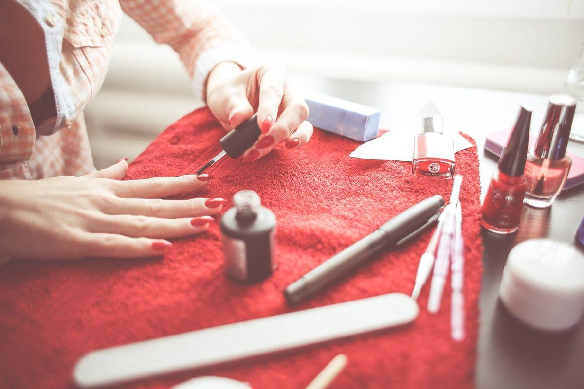 Cómo cuidar las uñas para mantenerlas sanas